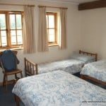 Twin room New Forest Holiday Cottages